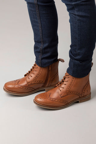 Cognac - Kirby Brogue Lace Up Boots