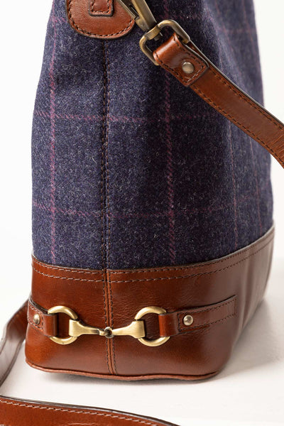 Navy - Middleham Tweed Bucket Bag