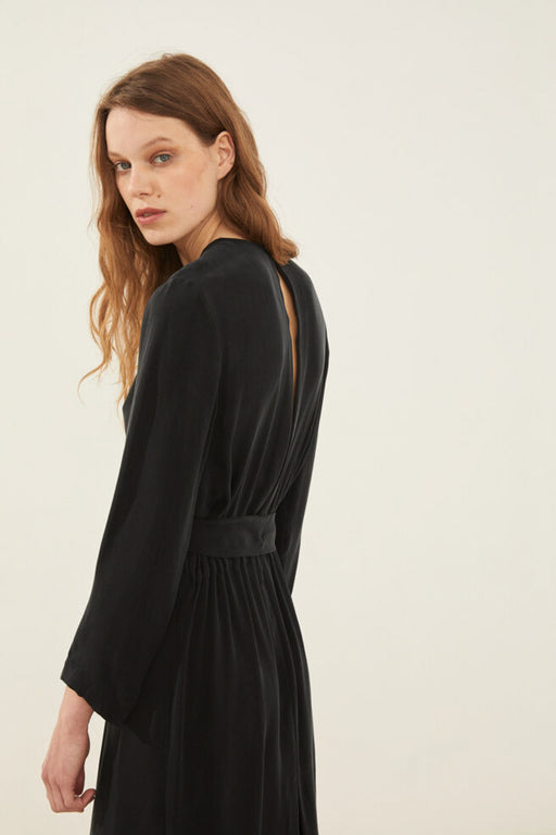 AURA Dress open back black