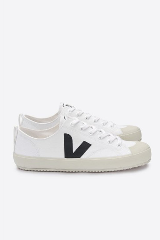 NOVA Canvas white black