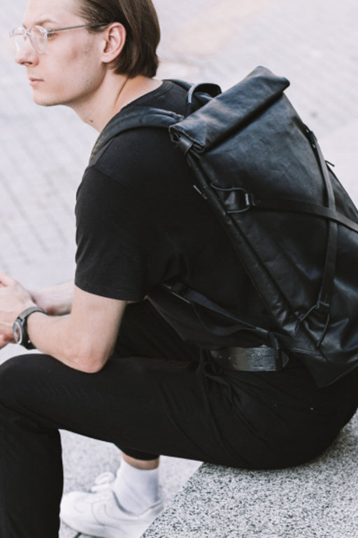 "OSAKA Backpack 15"" black"