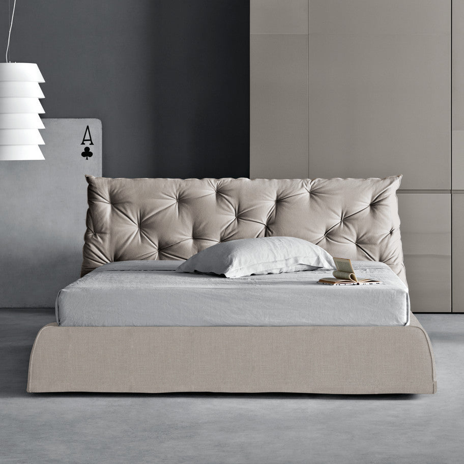Impunto Platform Bed - Euro Living Furniture