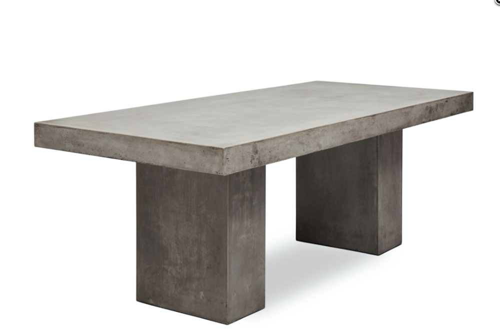 Claire Outdoor dining table in concrete