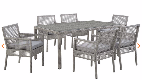 Bermuda 7 PC Dining room set