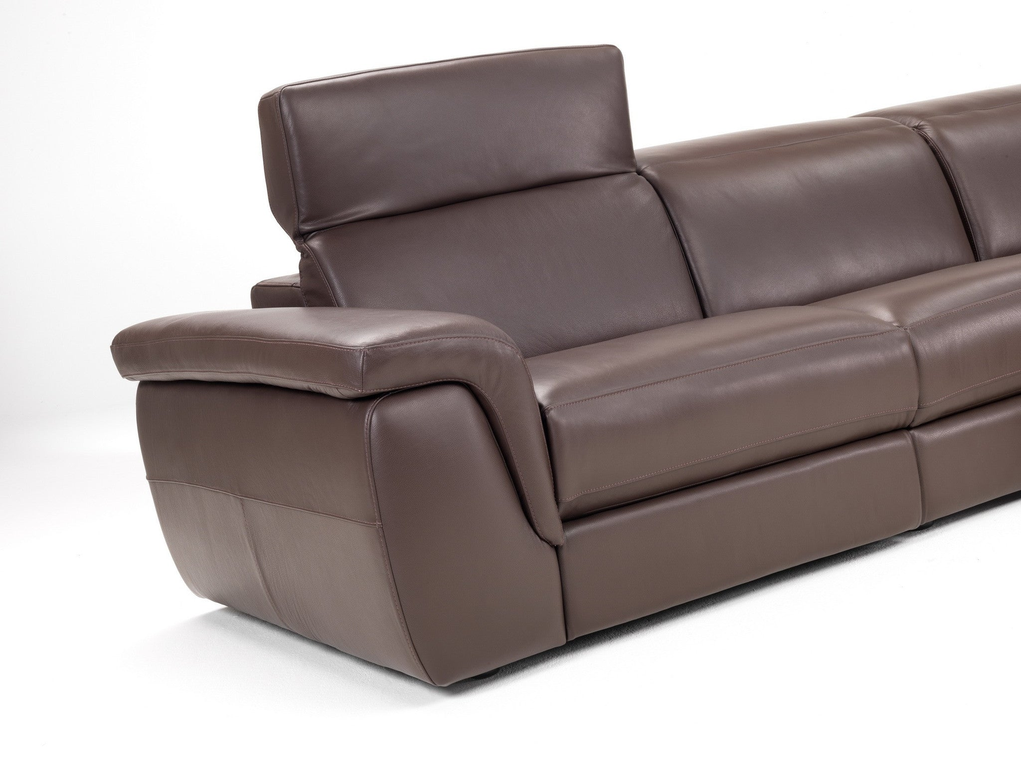 Calle Power Recliner Sectional Euro Living Furniture : calle sectional sofa chocolate leather idp 3 from www.eurolivingfurniture.com size 2048 x 1536 jpeg 327kB