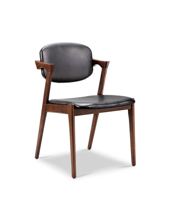 DANE CHAIR