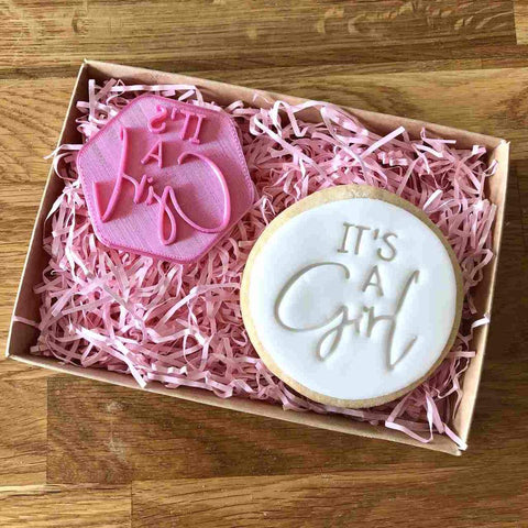 """IT'S A GIRL"" Cookie Stamp Lissie Lou"
