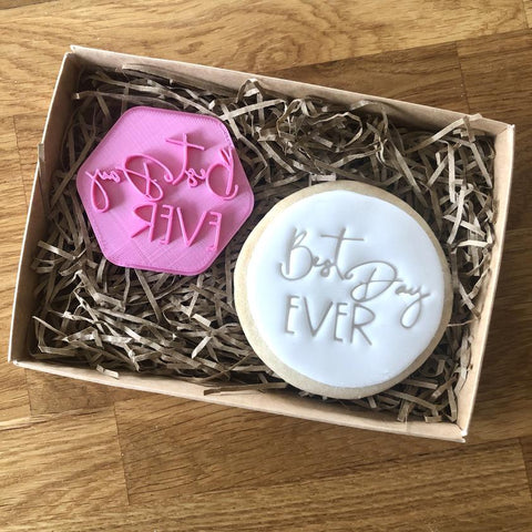 """BEST DAY EVER"" Cookie Stamp Lissie Lou"