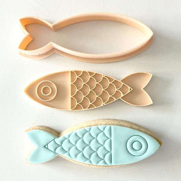 """FISH 034"" Little Biskut Embosser And Cutter"