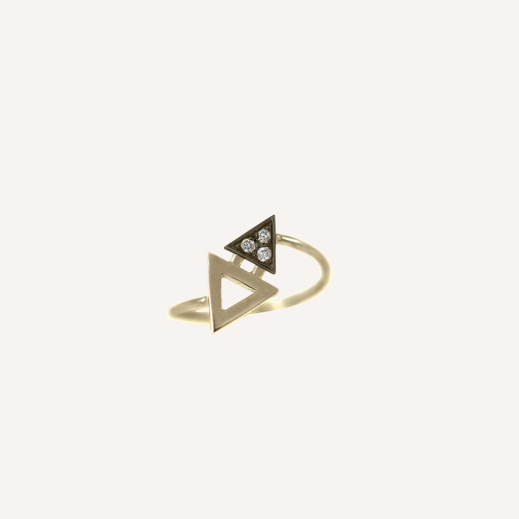MINI TRIANGLE RING WITH BLACKENED GOLD
