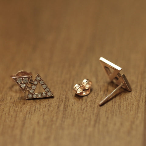 ALL DIAMOND MINI TRIANGLE STUDS
