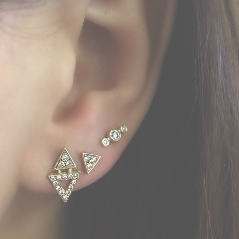 ALL DIAMOND 3 DOT STUDS