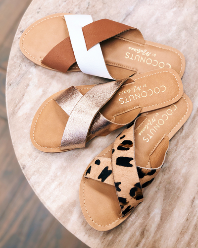 Best Seller: Pebble Slide Sandal