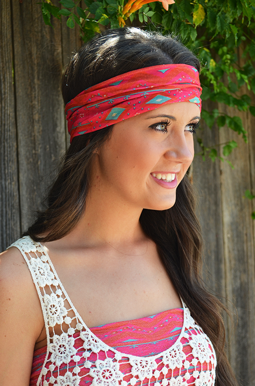 Our two favorite styles are the turban headband and the bandeau. You can  have both of these styles with ONE Boho Bandeau. 9b7021056e8