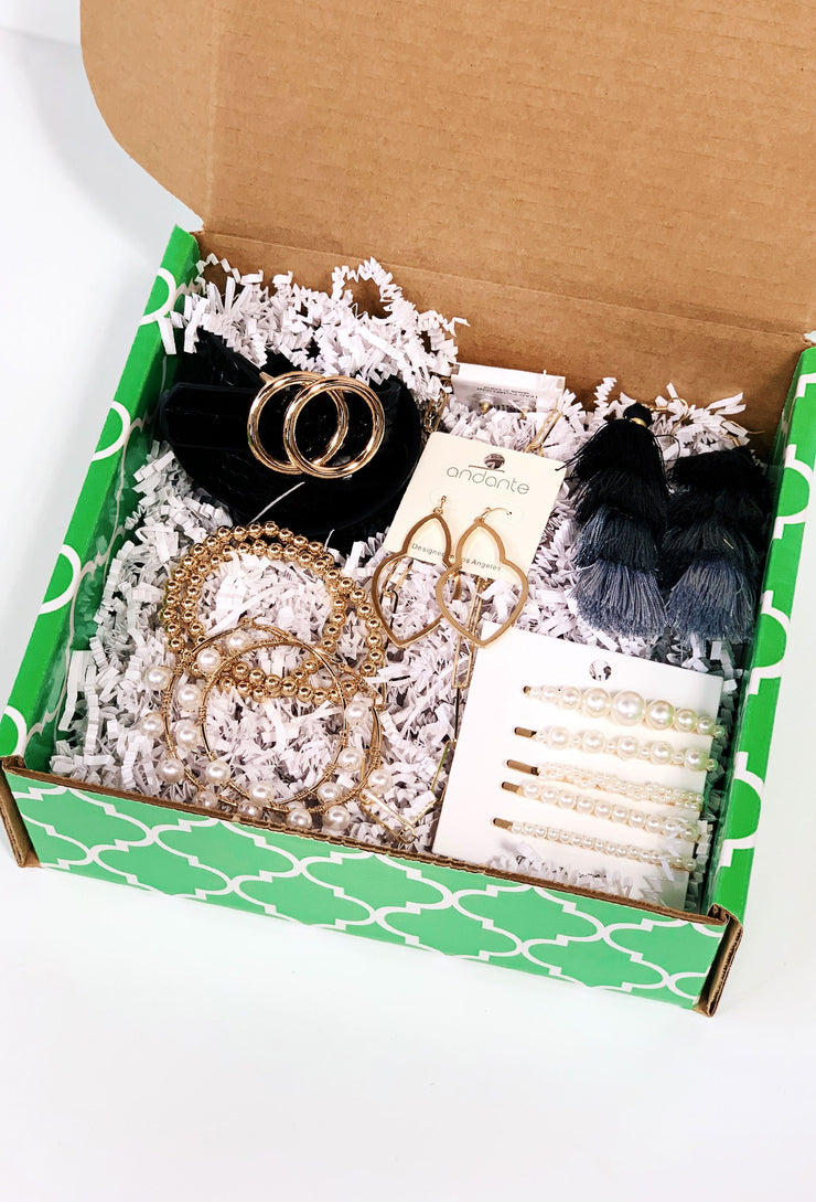 Accessories Always Fit Groovy's Gift Box, custom jewelry gift box