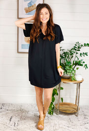 Casual Midi T-Shirt Dress in Black, classic black soft t shirt dress that hits right above the knee