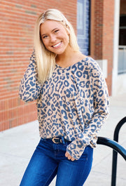 Joanna Leopard Top, soft casual leopard long sleeve top from heitt