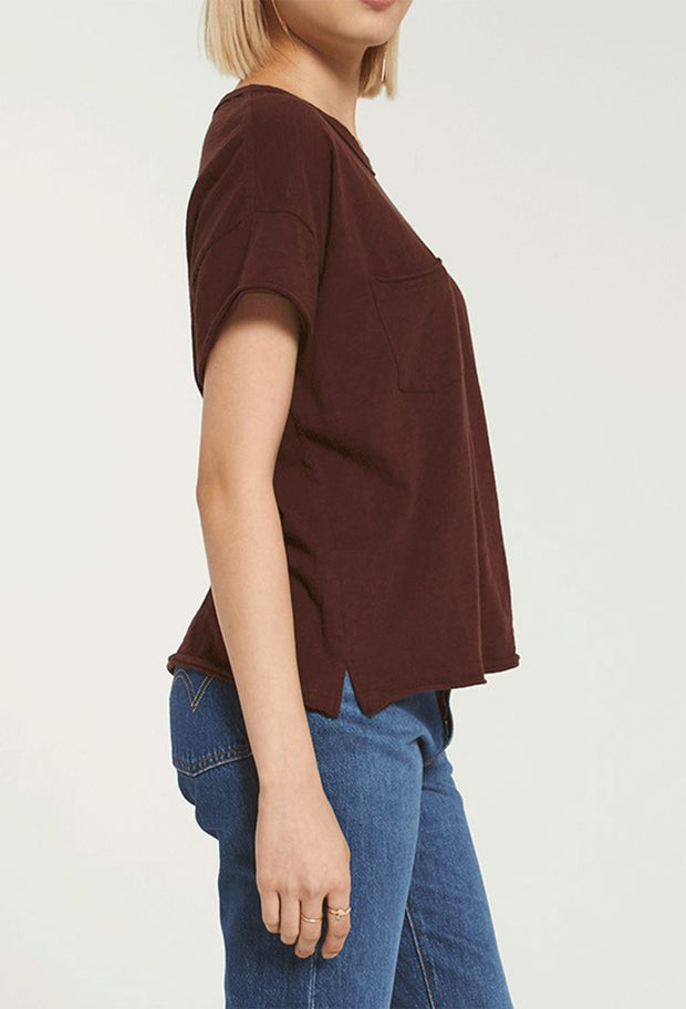 Z SUPPLY Lina Slub Tee in Merlot, boxy cropped boyfriend tee with from pocket