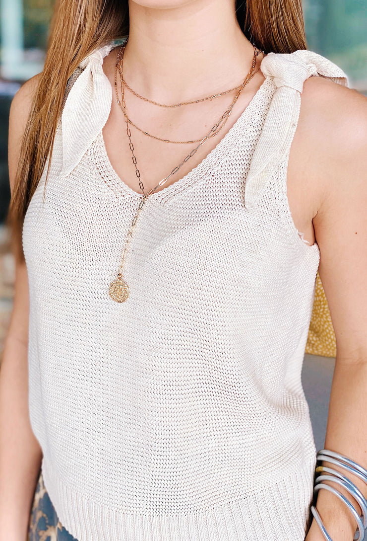 Sandra Coin Necklace, 3 layered gold neck with a coin pendant