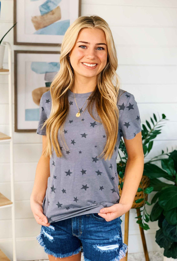 Z SUPPLY Easy Star Tee in Charcoal, charcoal t shirt with black stars
