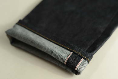 USA Cone selvage cuff with ticker line