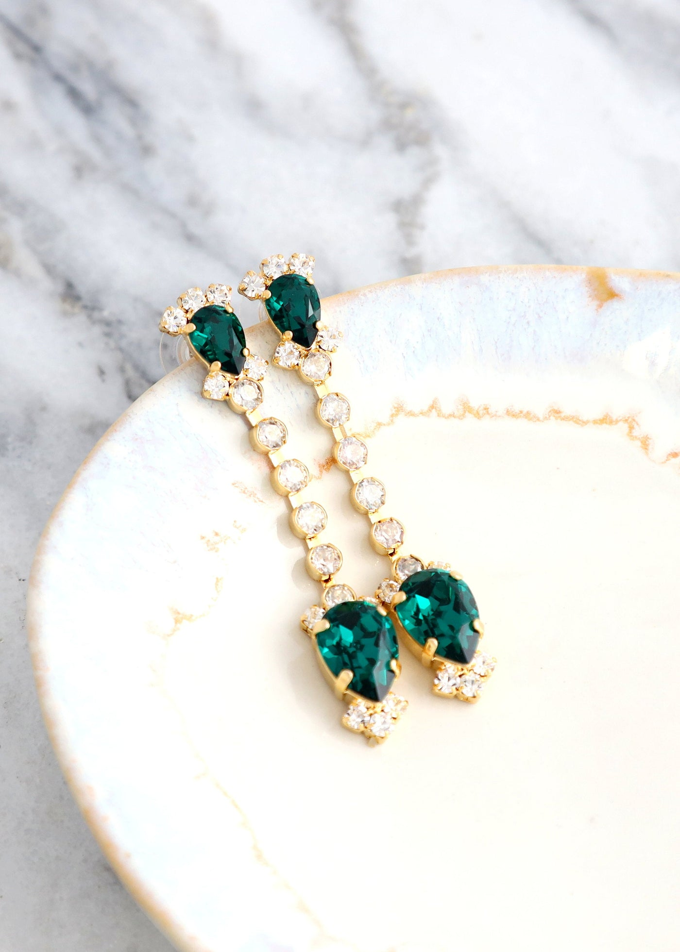 EMERALD LONG  Earrings, Emerald Bridal Drop Earrings, Bridal Green Earrings, Swarovski Emerald Chandelier Earrings, Emerald Green Earrings
