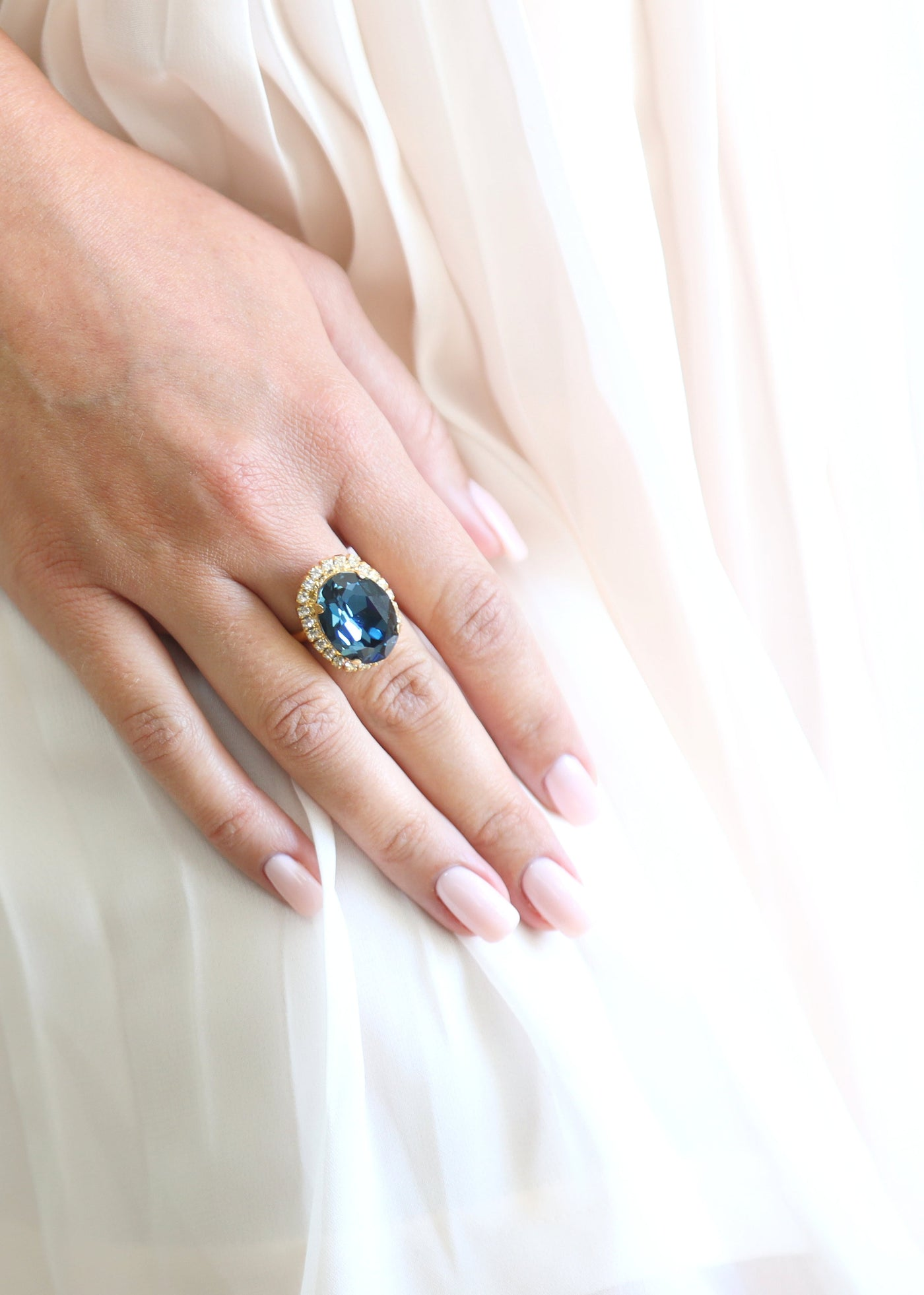 Blue Navy Cocktail Ring, Sapphire Swarovski Crystal Cocktail Ring, Blue Statement Ring, Blue Navy Adjustable Ring, Blue Oval Crystal Ring