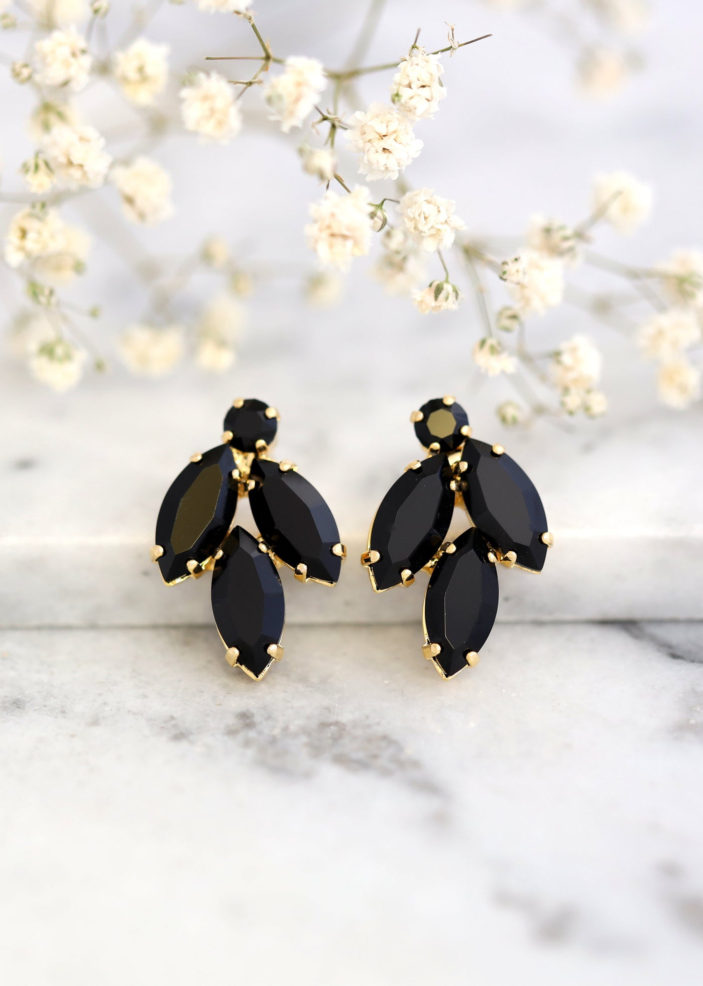 Black Clip On Earrings, Bridal Black Crystal Earrings, Swarovski Black Earrings, Clip On Earrings, Bridesmaids Clip Ons Earrings