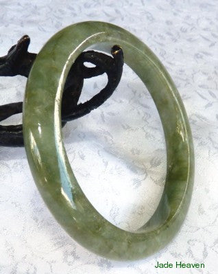 """Passion for Life"" Gorgeous Green Jadeite Jade Bangle 57.5mm (621)"