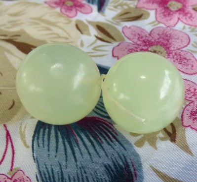 "Sale-Pair Jade Ben Wa Balls for Women ""Yoni"" Pelvic Health Drilled With Hole"