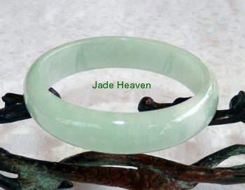 """Heavenly Inner Glow"" Vintage Old Mine Jadeite Jade Bangle Bracelet 55mm (JHBB579-2)"
