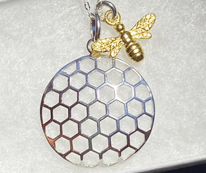 Honey Comb 🐝 Pendant