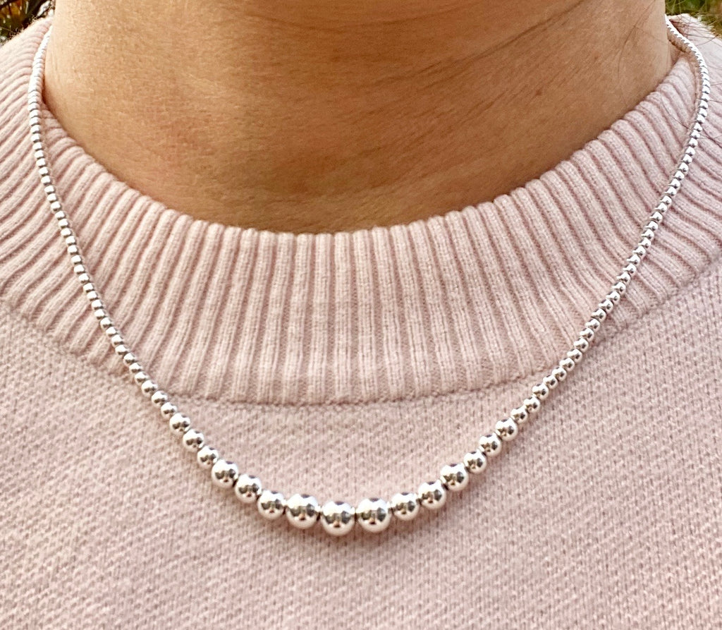 Classic graduated silver ball necklace