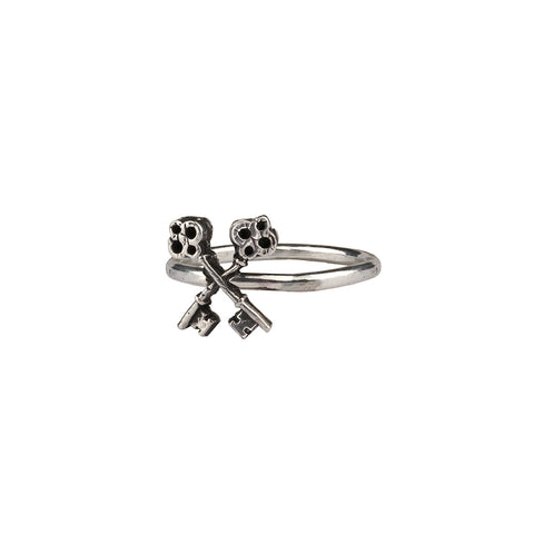 Crossed Keys Symbol Charm Ring - Pyrrha