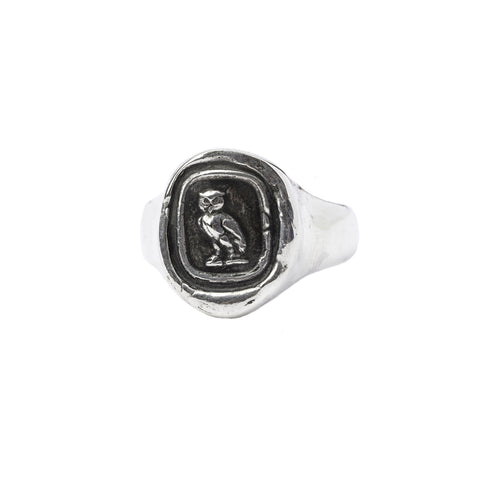 watch over me signet ring - pyrrha - 1