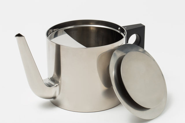 Arne Jacobsen - Tea Pot
