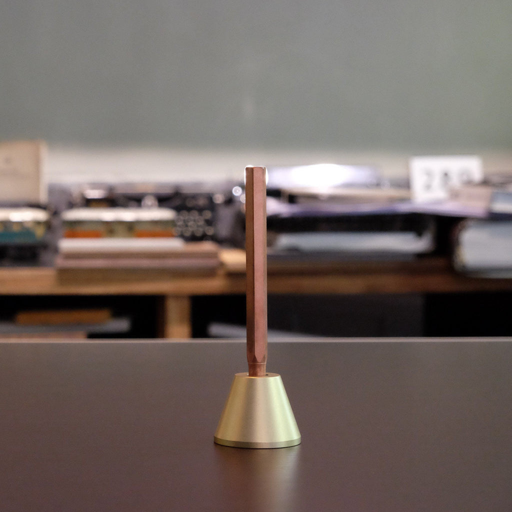 Ystudio - Desk Fountain Pen (Classic)
