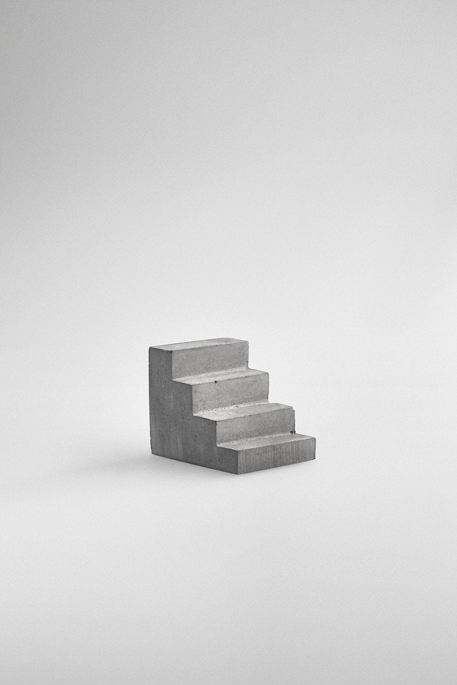 Studiokyss - Concrete Staircase Paperweight