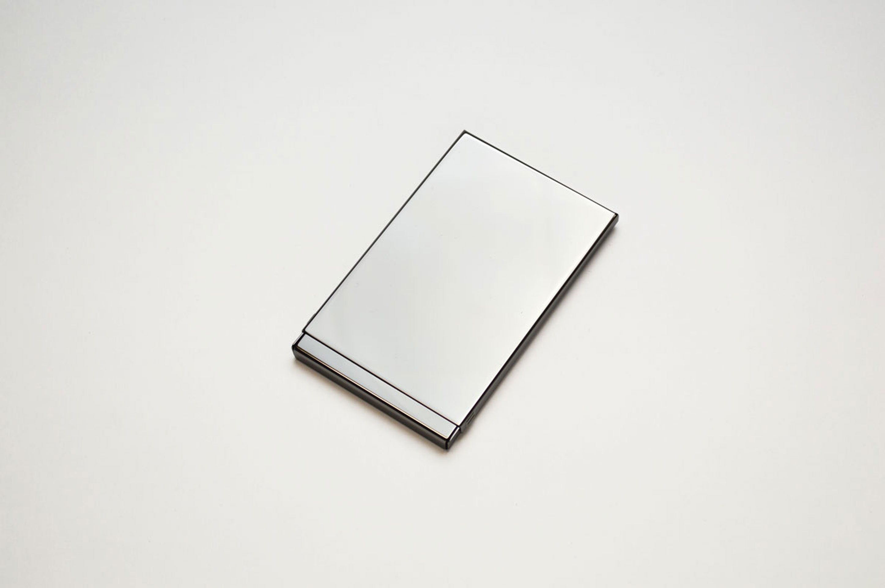 Mgn - Card Case (Mirror Stainless Steel)