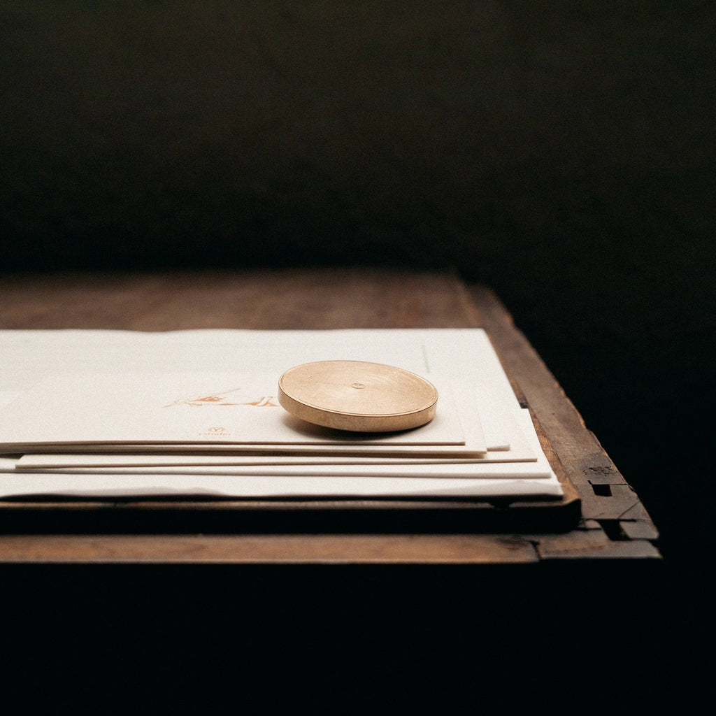Ystudio - Paper Weight