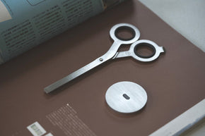Hmm - Scissors with Base (Raw)