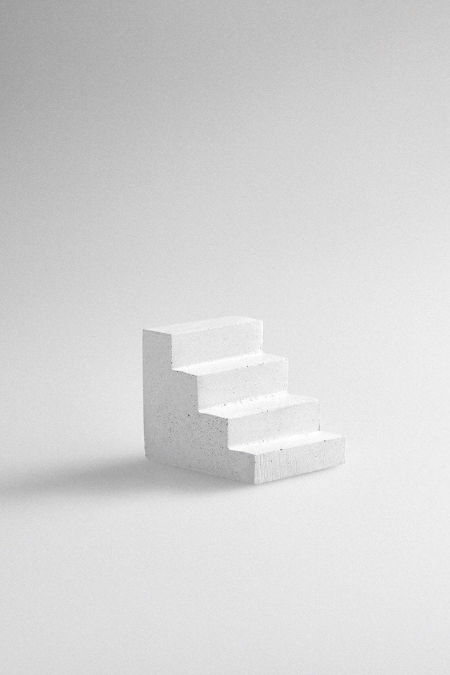Studiokyss - Concrete Staircase Paperweight (White)