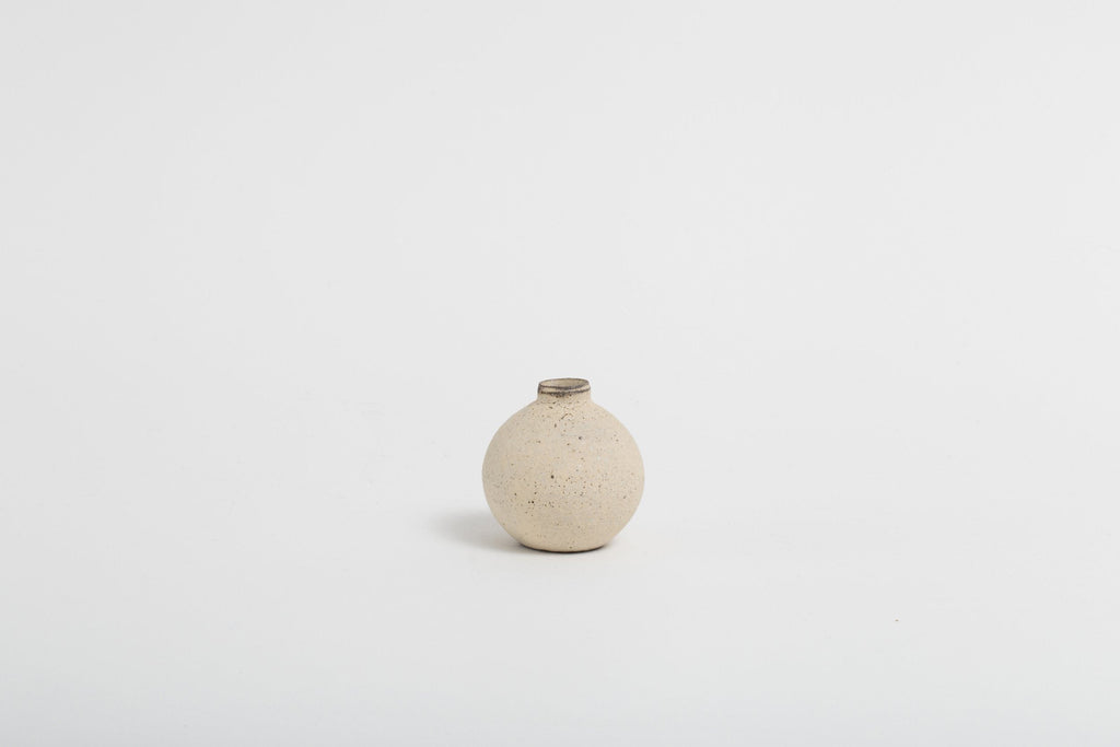 Takashi Endoh - Mini Vase (White)
