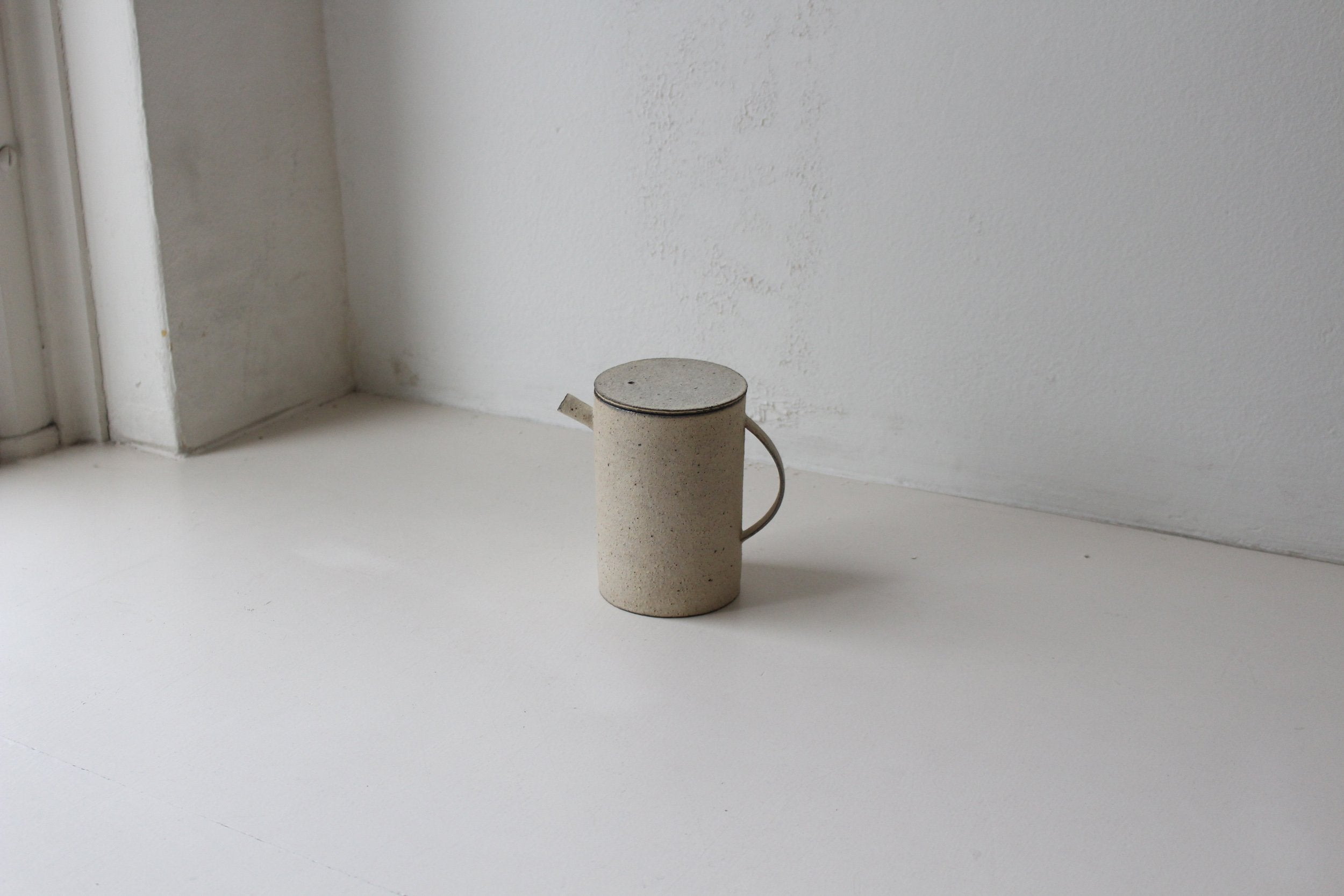 Takashi Endoh - Tea Pot (White)