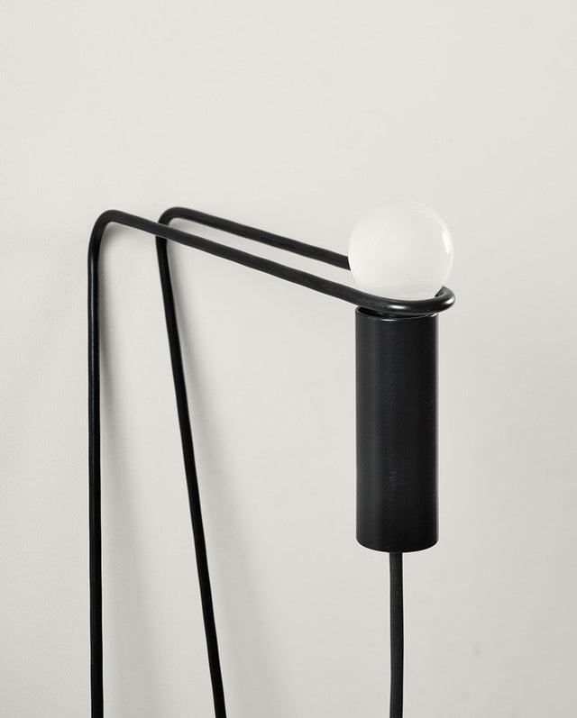 Atelier Naerebout - Leaning Lamp