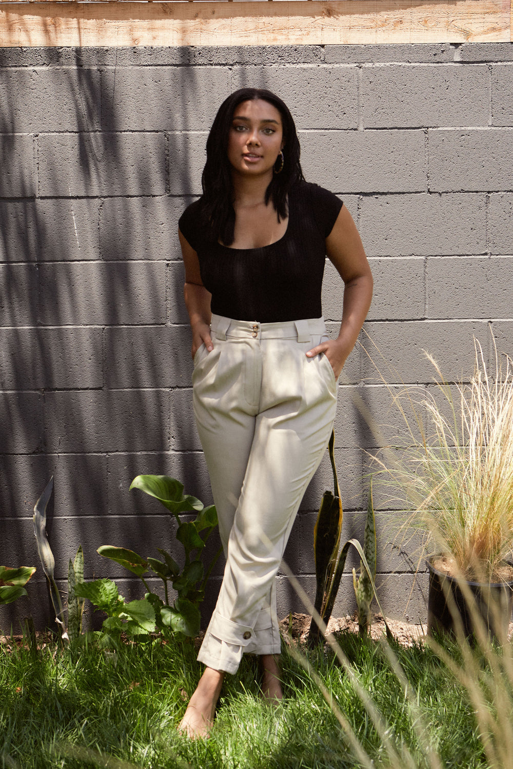 Leanna Pant in Khaki - Whimsy & Row