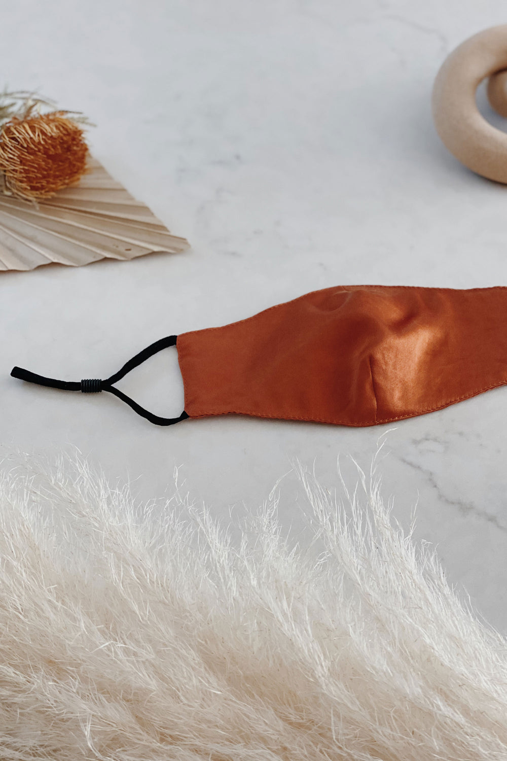 Silky Mask in Rust - Whimsy & Row
