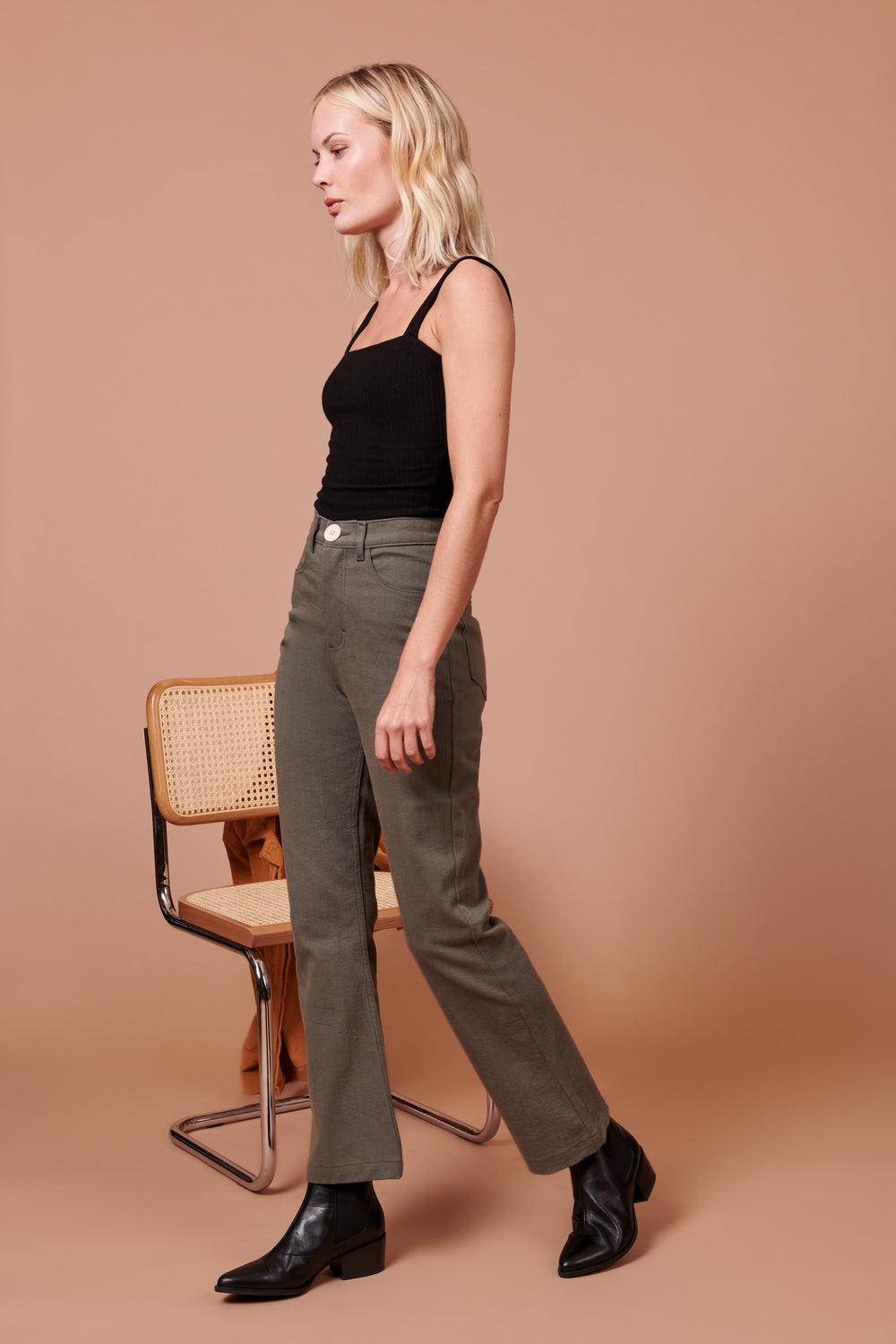 Fae Pant in Grey - Whimsy & Row