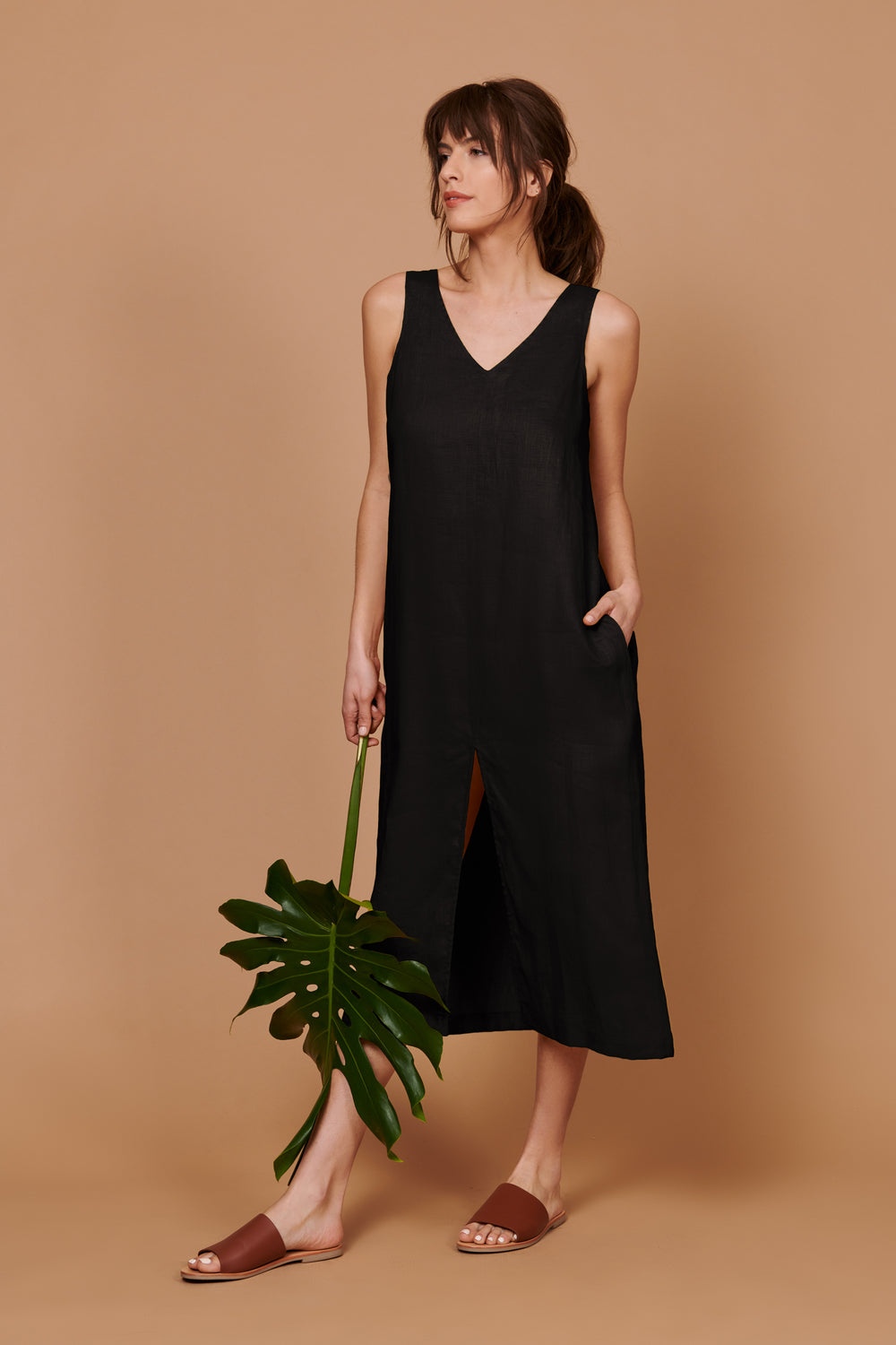 Luna Dress in Black Linen - Whimsy & Row