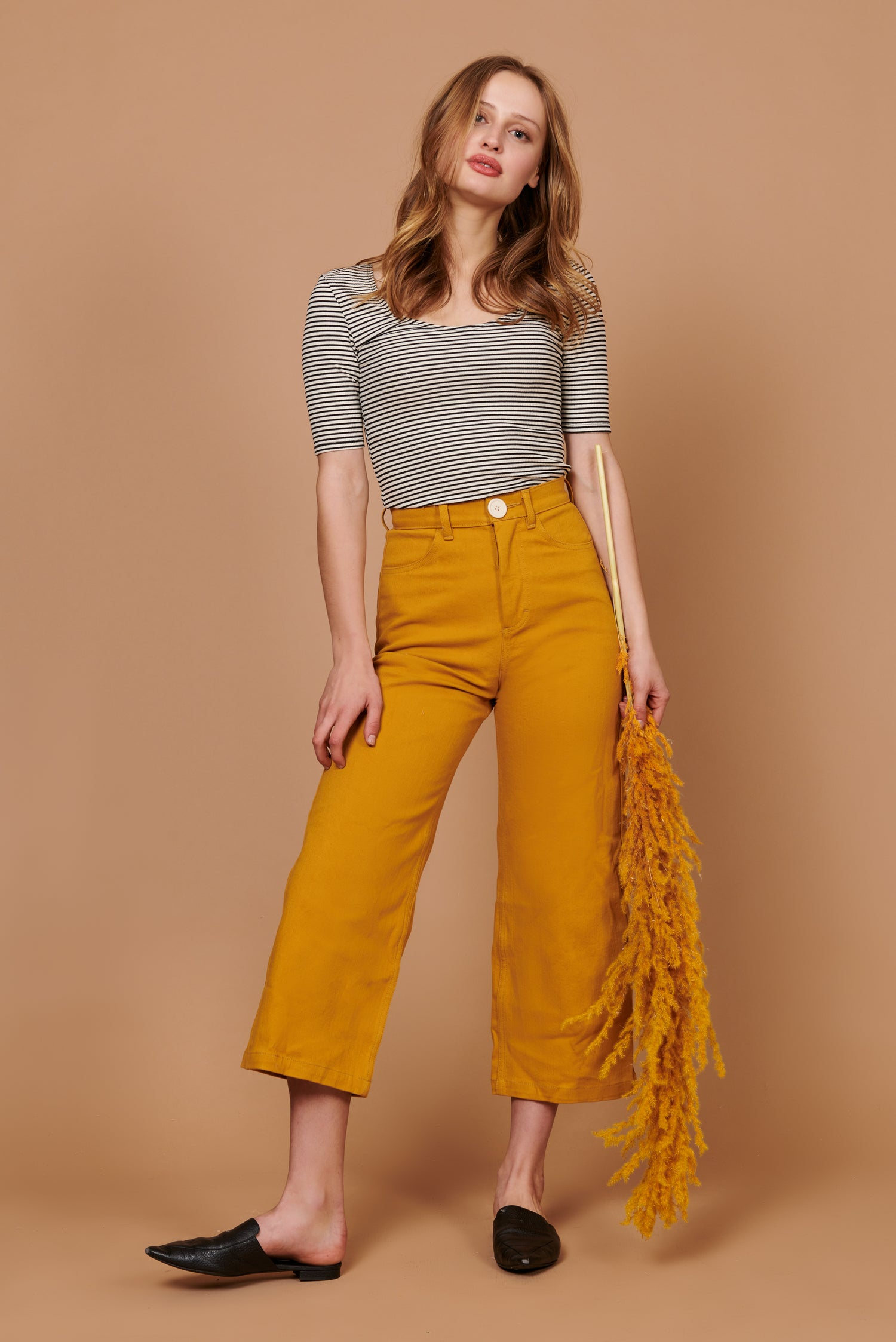 Flora Pant in Gold